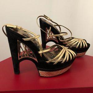 Sam Edelman Gold and Black Sandals size 7M